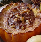 STUFFED ACORN SQUASH, GOJI BERRIES & PECANS